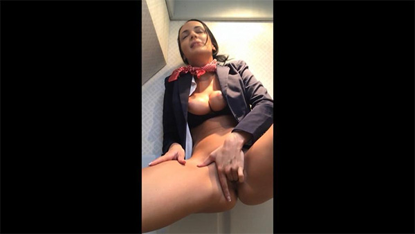 flight attendant masturbating on cam